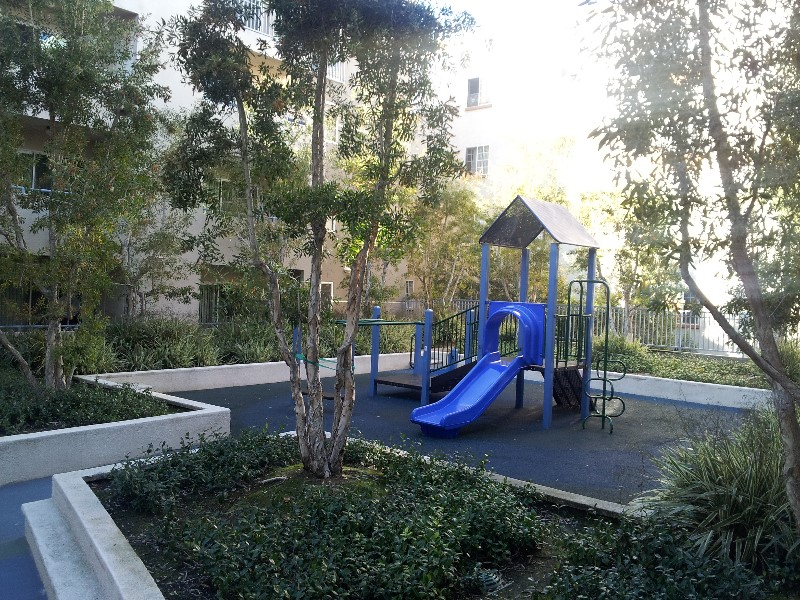 Pic-2-Playground-Emerald-Terrace